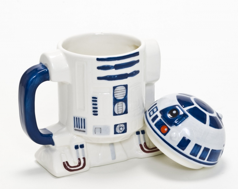 star wars tasse mit deckel r2 d2 grosshandel f r spielwaren und lizenzartikel. Black Bedroom Furniture Sets. Home Design Ideas